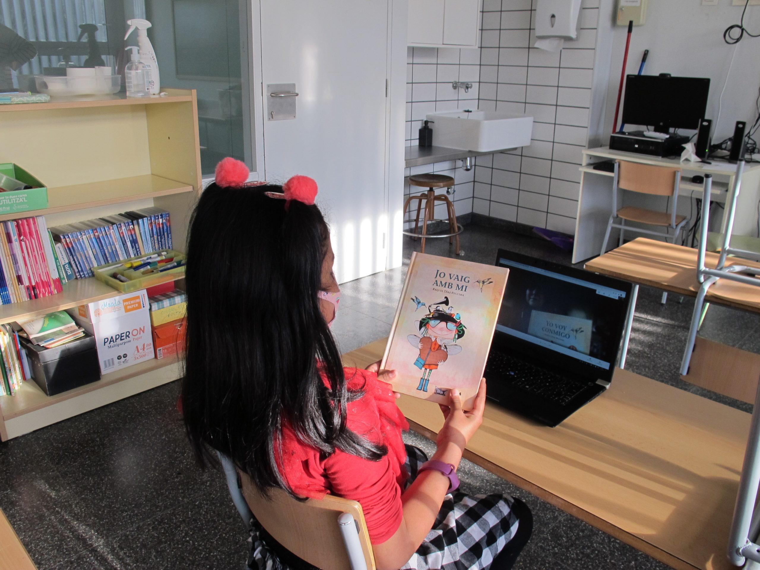 Voluntarios CaixaBank en Andalucía acompañan en la lectura a cerca de 40 menores vulnerables